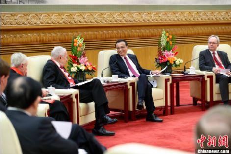 李克强同在华外国专家举行新春座谈会
