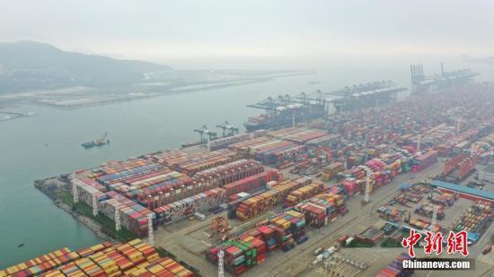 中方:美方从中美贸易中获益巨大