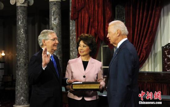 美参院选出两党领袖_民主党料将守住众院多数席位